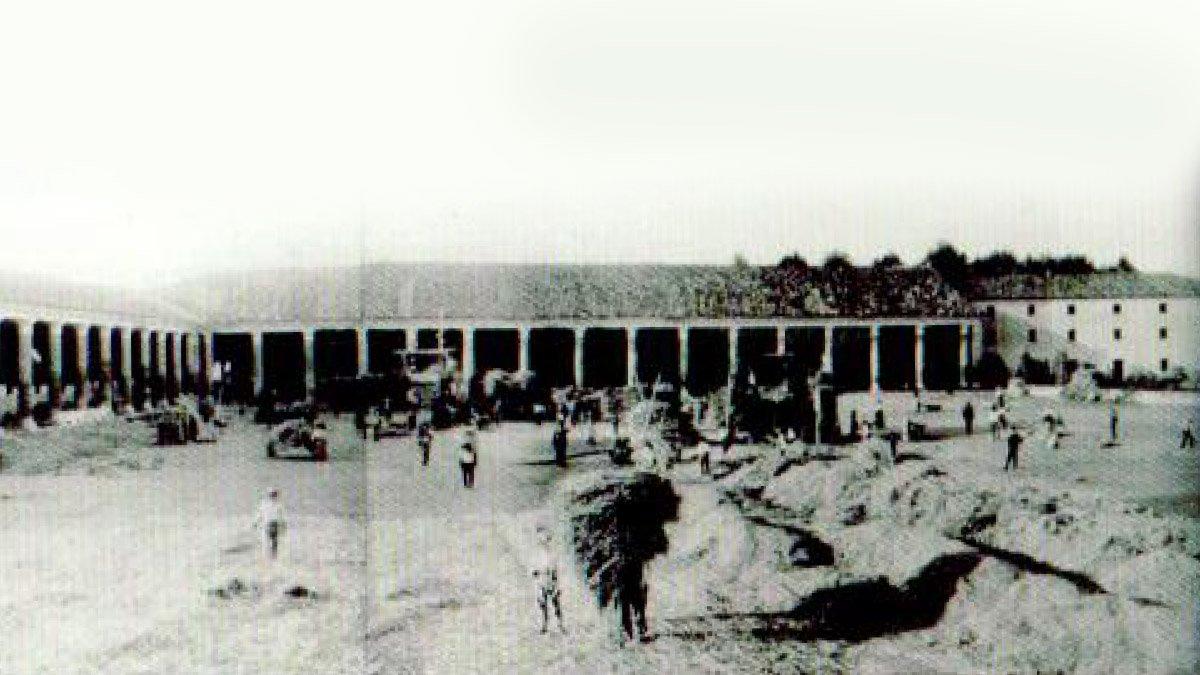 Foto storica della barchessa Villa Pisani