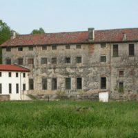 vista-posteriore-Villa-Quinto